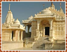 http://www.bharatonline.com/gujarat/pics/palitana-jain-temples-bhavnagar.jpg