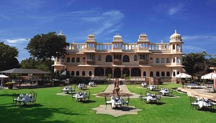 Fateh Bagh Hotel
