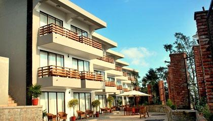 Kanatal Resort & Spa