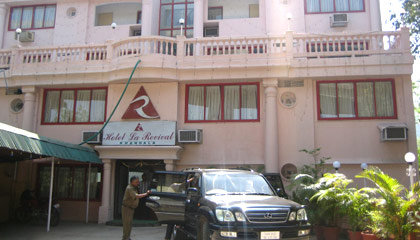 Hotel La Revival