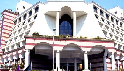 Sun N Sand Hotel