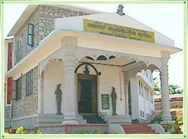 http://www.bharatonline.com/kerala/images/ambalavayal-heritage-museum-wayanad.jpg
