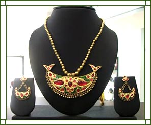 Jewelry Stores from Make Believe Costume
